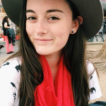 Babysitter Wollongong: Alicia