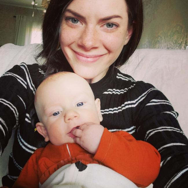Jessica - Babysitting job in Edmonton   Babysits
