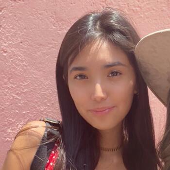 Babysitter Mexico City: Camila