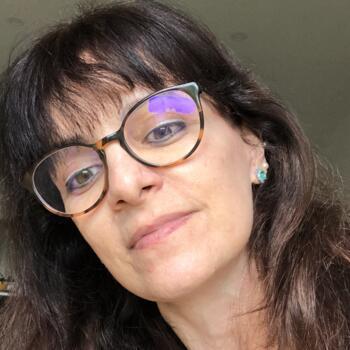 Babysitter em Guimarães: Carla