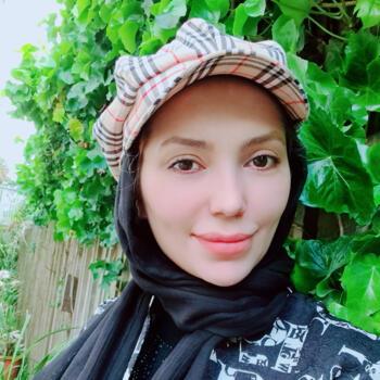 Babysitter in Auckland: Zeinab