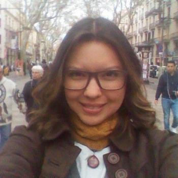 Niñera Badalona: Arheidi