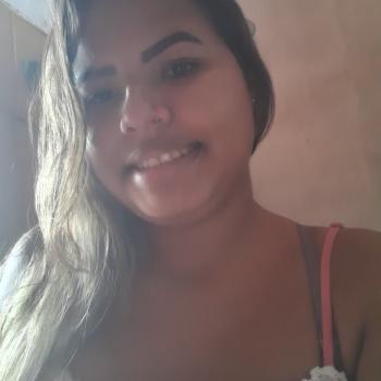 Babysitter São Luís: Ingrid