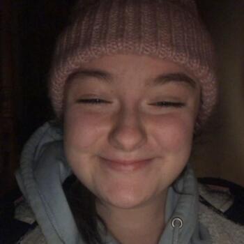 Babysitter in Longford: Niamh
