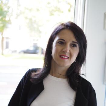 Oppas Den Haag: Bernarda