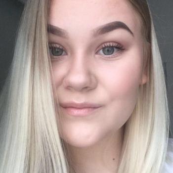 Babysitter Oulu: Julia