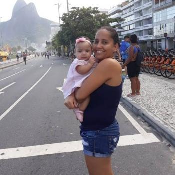 Babysitter Rio de Janeiro: Eva