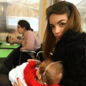 Babysitter London: Celia