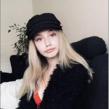 Babysitter Örebro: Amanda