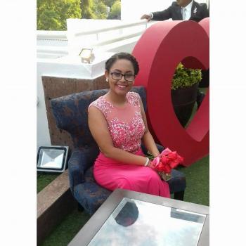 Babysitter Santa Catarina: Liliana