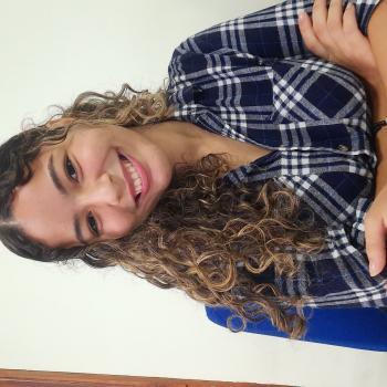 Agência de babá em Cuiabá: Samara