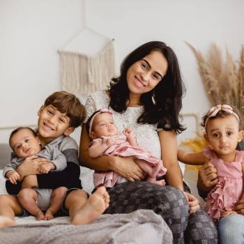 Emprego de babá em Vitória: emprego de babá Eliza