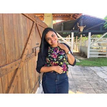 Babysitter in Recife: Heloisa