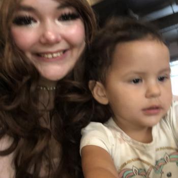 Babysitter Edmonton: Carlyanne