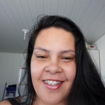Babá São José dos Pinhais: Leticia