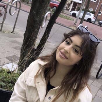 Oppas Amsterdam: Maira