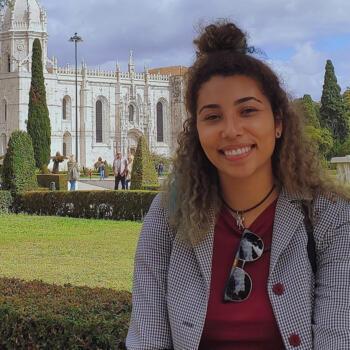 Babysitter in Porto: Talissa