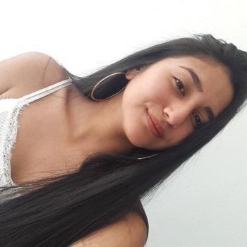 Niñera La Ceja: Camila