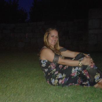 Família Loures: Trabalho de babysitting Carla