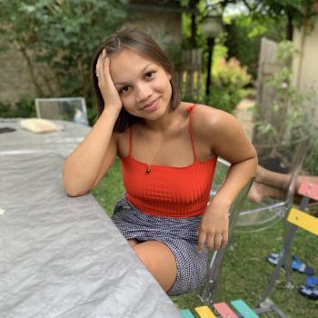 Babysitter France: Leelu