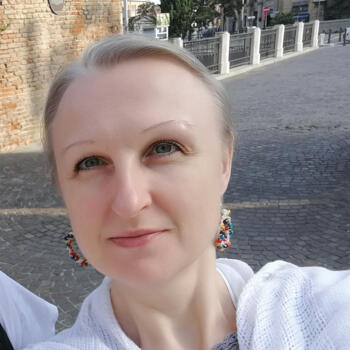 Babysitter in Bologna: Iryna