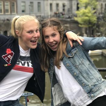 Oppas Apeldoorn: Anne en Jeske
