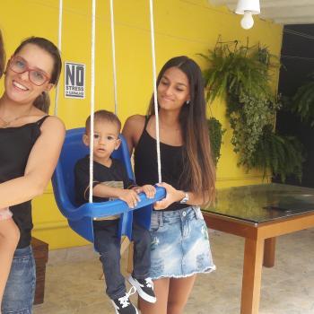Emprego de babá Praia Grande: emprego de babá Luciana Castilho