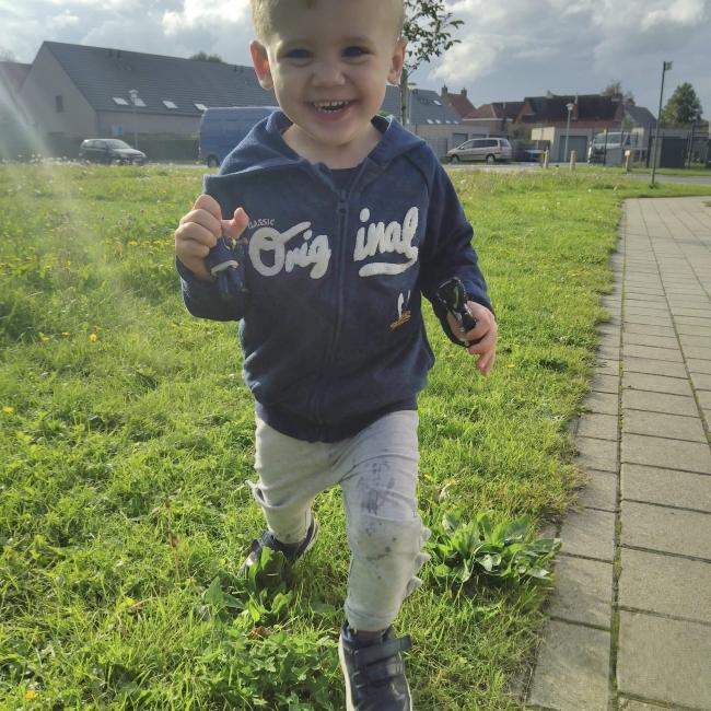 Babysitadres in Zedelgem: Evelien