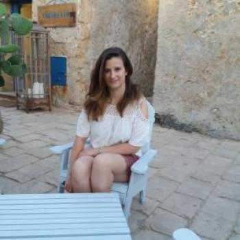Genitore Settimo Milanese: lavoro per babysitter Alessia