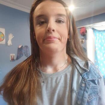 Babysitter in Dunedin: Christiane