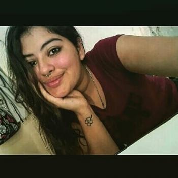 Niñera Rosario: Rosalia o Micaela