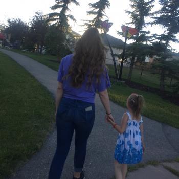 Babysitter Calgary: Isabelle