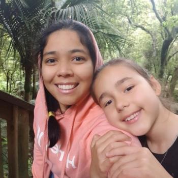 Babysitter Auckland: Izabel