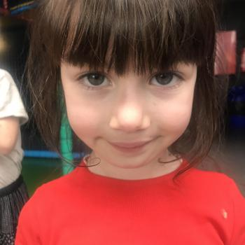 Baby-sitting Meise: job de garde d'enfants Banu