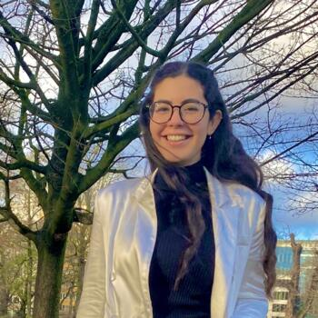Babysitter in Brussel: Ghada