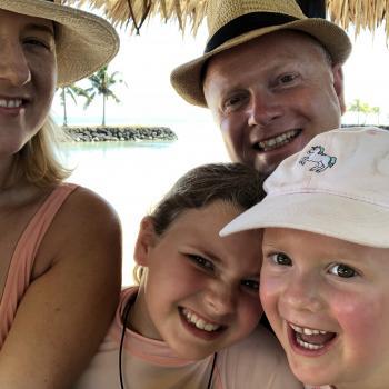 Parent Auckland: babysitting job Nick & Lauren