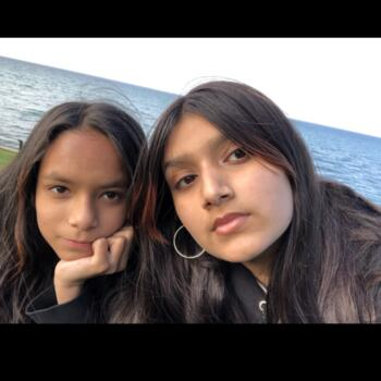 Baby-sitter in Toronto: Patricia and Asmaa's