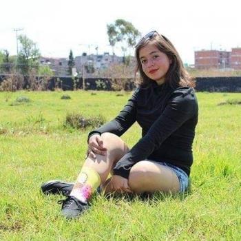 Niñera en Los Reyes La Paz: Azul Denisse