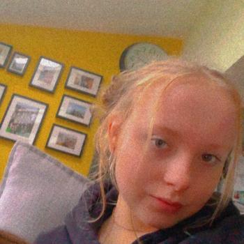 Babysitter in Bristol: Evie
