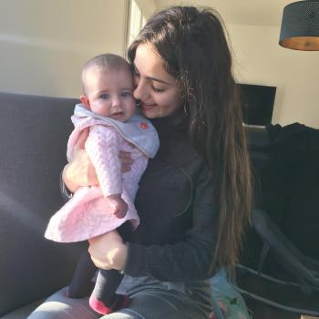 Baby-sitter Épieds: Lauryne