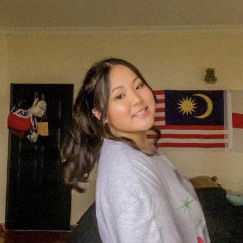 Babysitter in Kuala Lumpur: Kenzi