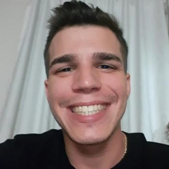 Babysitter Cork: Yan Moraes Dias