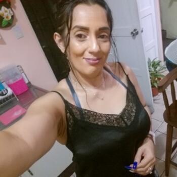 Niñera San José: Yesennia