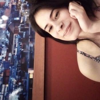 Niñera Comas: Raynelly