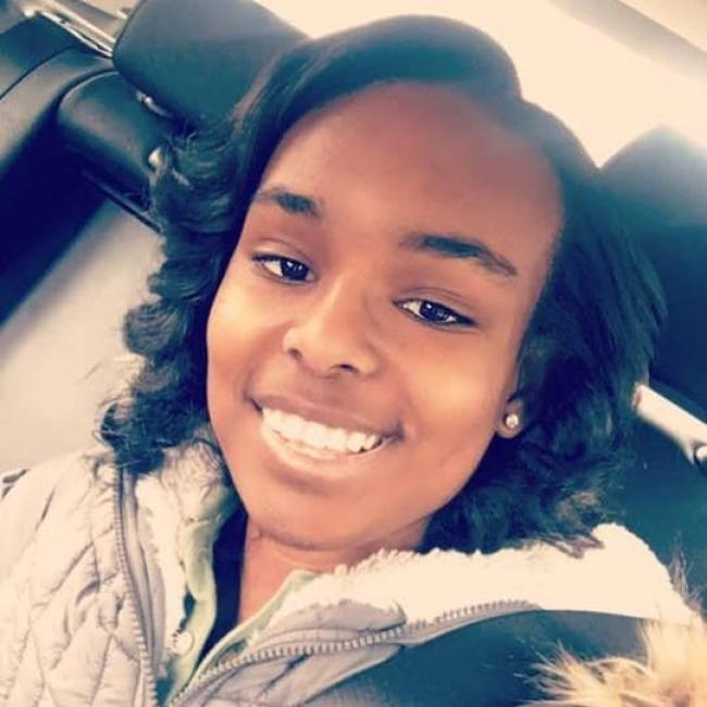 Babysitter in Harrisburg (North Carolina): Deja