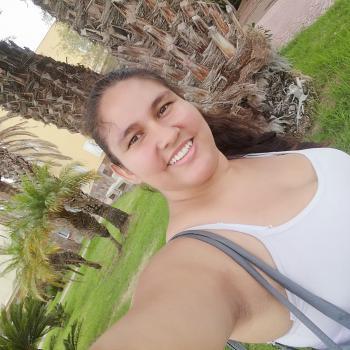 Babysitter in Cordova: Angelica Lucia