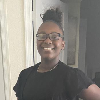 Babysitter in West Palm Beach: Rommella