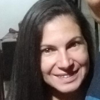 Babá em Guaíba: Renata