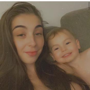 Baby-sitter in Hamilton: Darby