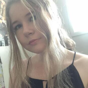 Babysitter Auckland: Phoebe
